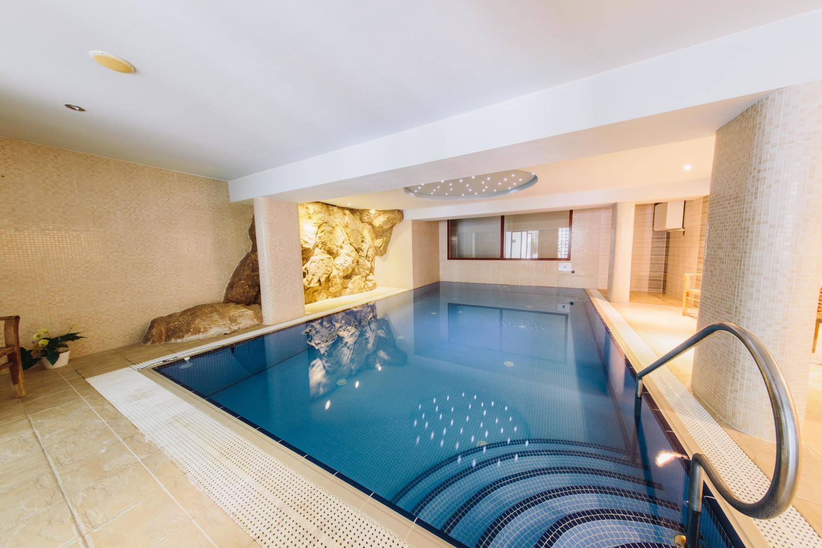 Wellness Hotel Vyhlídka - Náchod